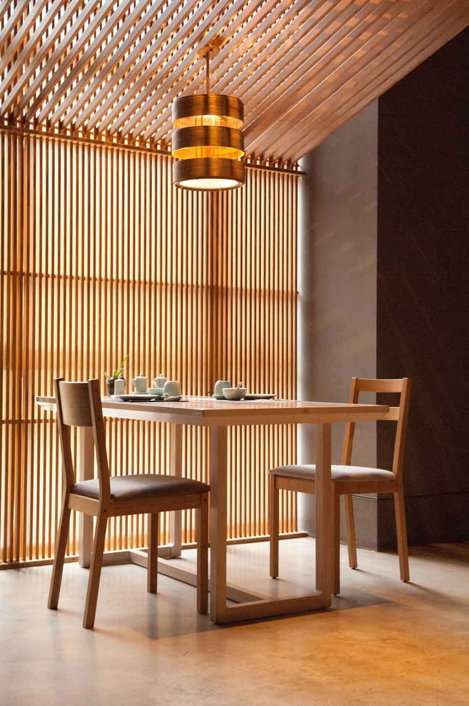dasso.Furnishings Bamboo Room Divider
